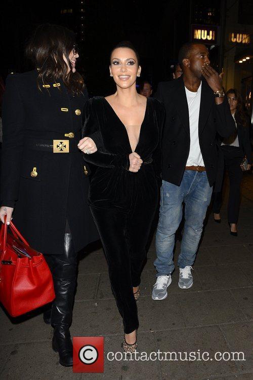 Kim Kardashian, Kanye West, Khloe Kardashian, Kourtney Kardashian, Scott Disick and Hakkasan 10