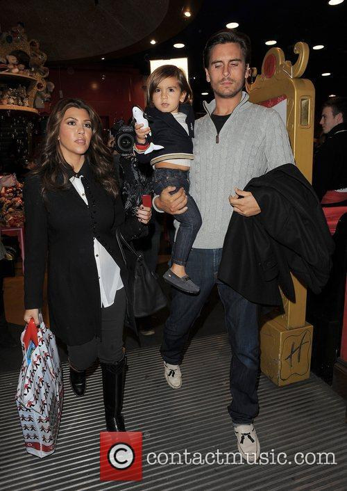 Kourtney Kardashian, Hamley, Scott Disick and Mason 7