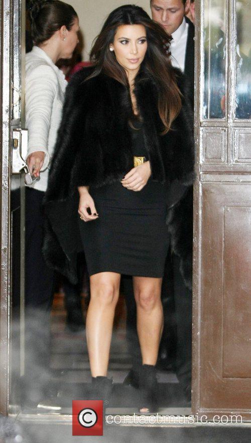 kim kardashian leaving her hotel london england 4169028