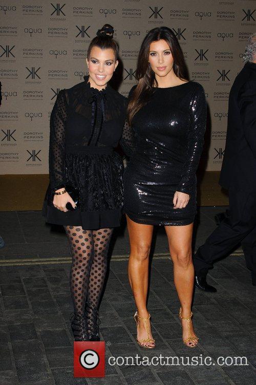 Kourtney Kardashian and Kim Kardashian 4