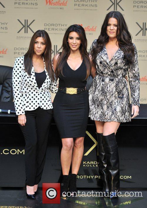Khlo, Kardashian Odom, Kim Kardashian and Kourtney Kardashian 1