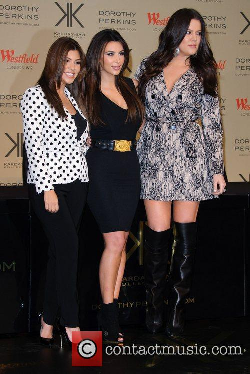 kourtney kardashian kim kardashian and khloe kardashian 4169195