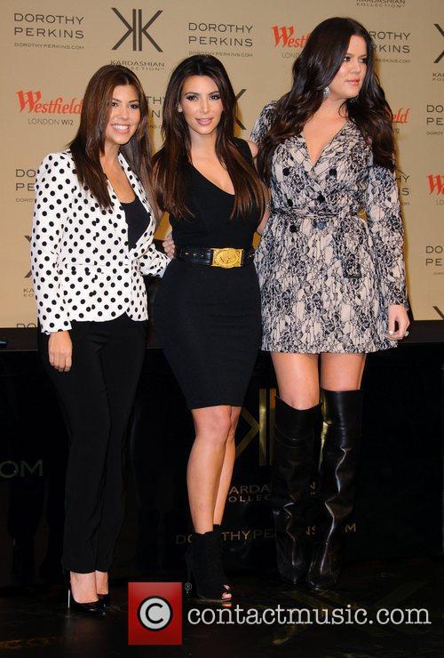 Kourtney Kardashian, Kim Kardashian and Khloe Kardashian Odom 2