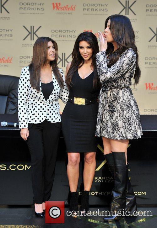 Khloe Kardashian Odom, Kim Kardashian and Kourtney Kardashian 1
