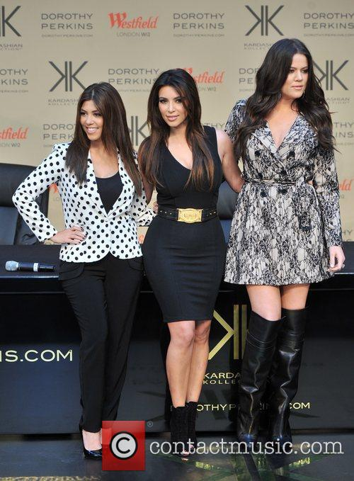 Kourtney Kardashian, Kim Kardashian and Khloe Kardashian 23