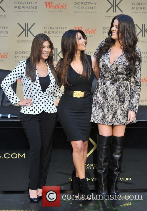 Kourtney Kardashian, Kim Kardashian and Khloe Kardashian 13