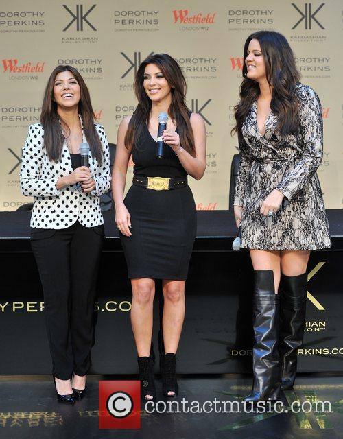Kourtney Kardashian, Kim Kardashian and Khloe Kardashian 19