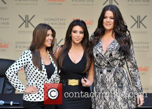 Kourtney Kardashian, Kim Kardashian and Khloe Kardashian 24