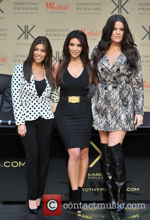 Kourtney Kardashian, Kim Kardashian and Khloe Kardashian 20