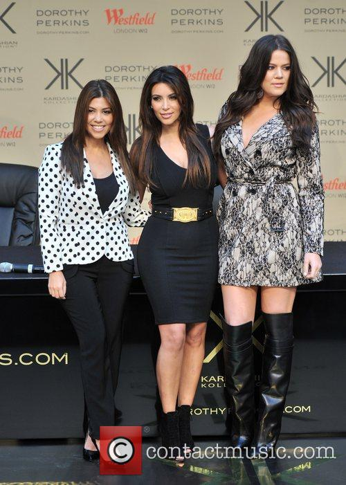 Kourtney Kardashian, Kim Kardashian and Khloe Kardashian 21