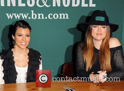 Khloe Kardashian and Kourtney Kardashian 3
