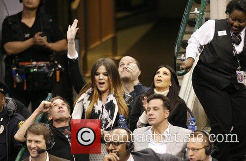 Khloe Kardashian and Kim Kardashian 13