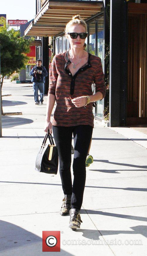 kate bosworth visits the shops in west 3666567