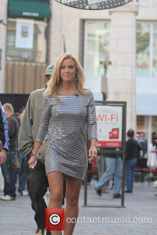 kate gosselin at the grove to appear 5782459