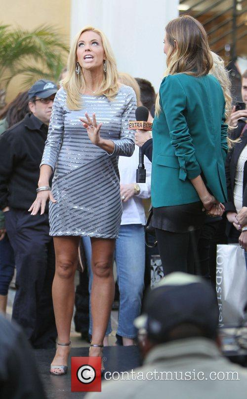 kate gosselin at the grove to appear 3692069