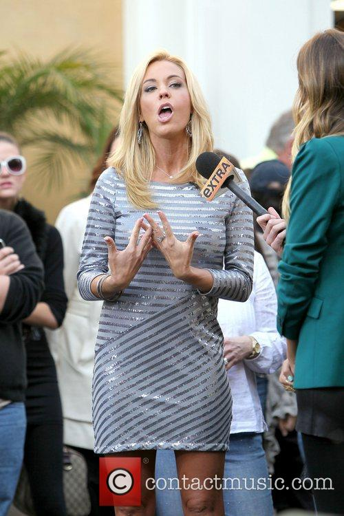 kate gosselin at the grove to appear 3692081