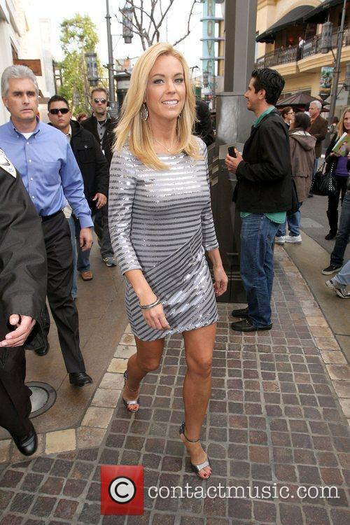 kate gosselin at the grove to appear 3692084