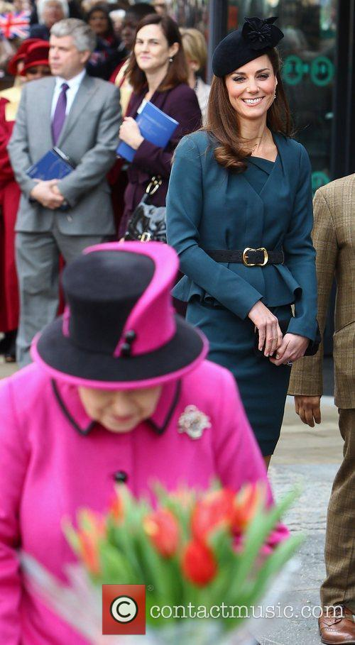 Duchess, Kate Middleton and Queen Elizabeth Ii 3