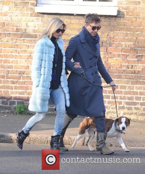 Kate Moss, Jamie Hince, Archie and Highgate 1