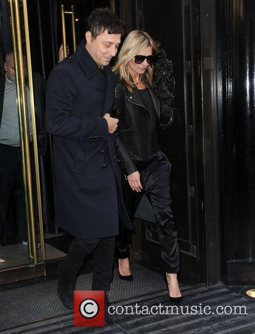 kate moss and jamie hince seen leaving 4176335