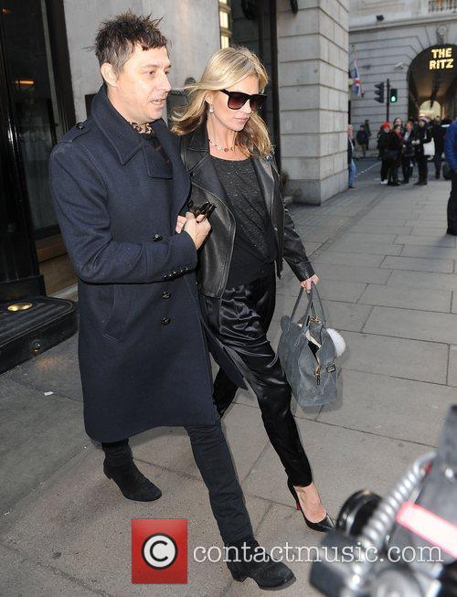 Kate Moss and Jamie Hince 12