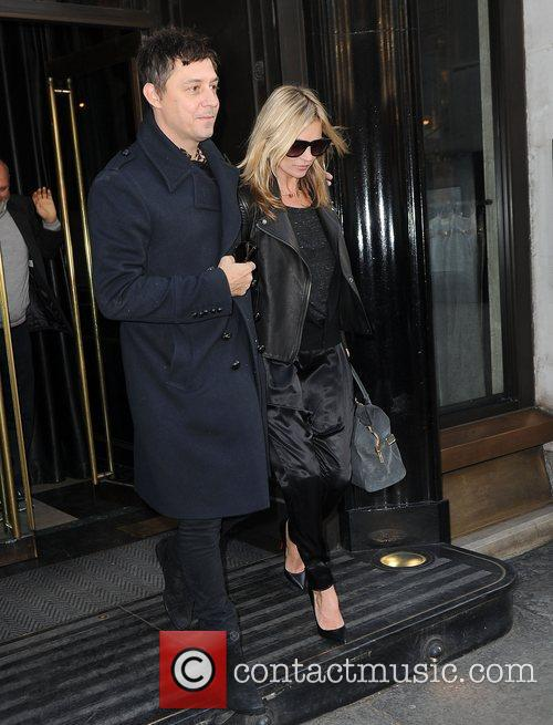 Kate Moss and Jamie Hince 2