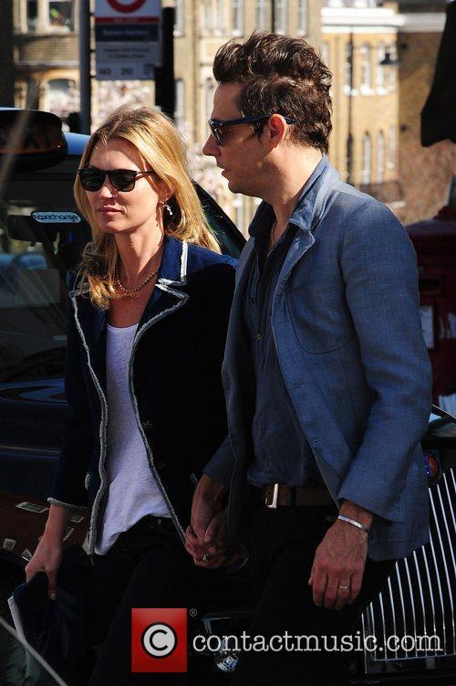 Kate Moss and Jamie Hince 7