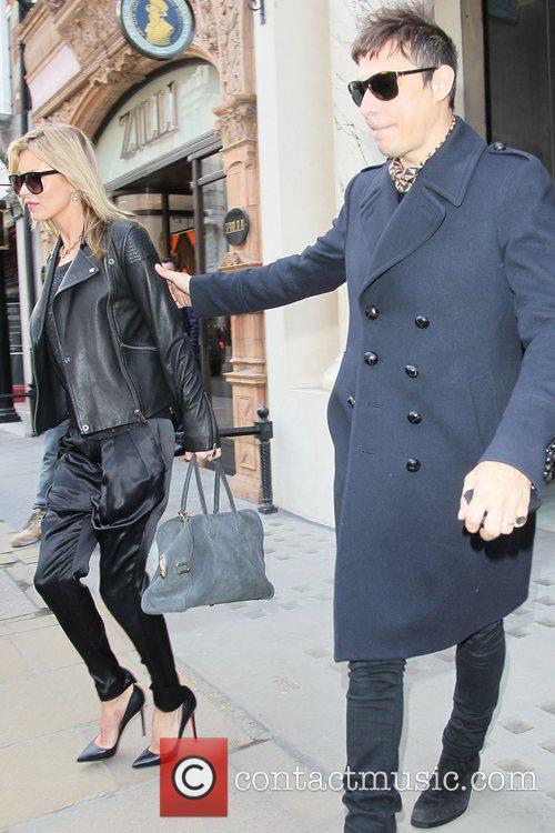 Kate Moss and Jamie Hince 14