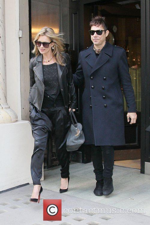 Kate Moss and Jamie Hince 18