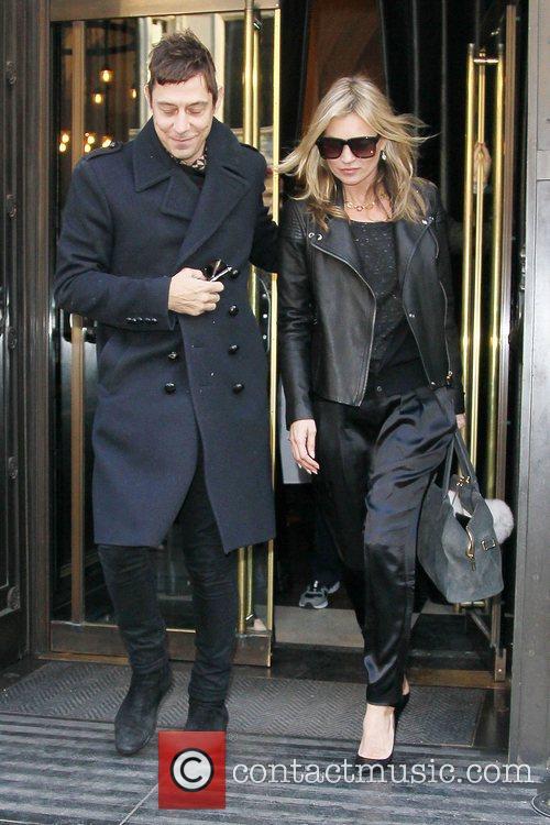 Kate Moss and Jamie Hince 16