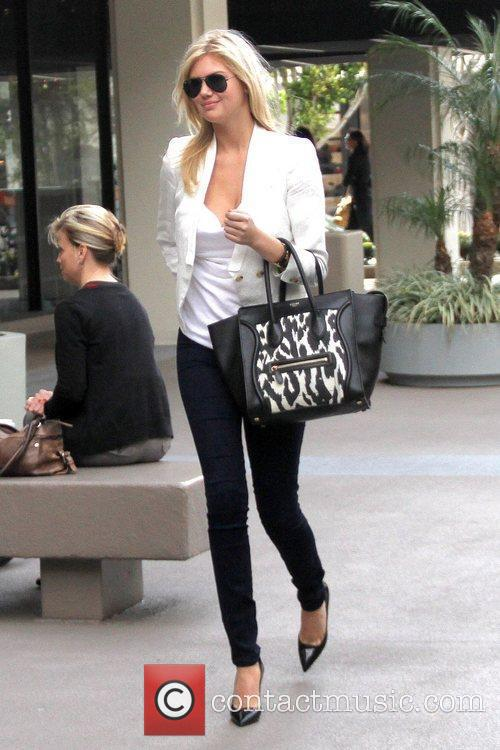Heading to her Agent's office in Hollywood