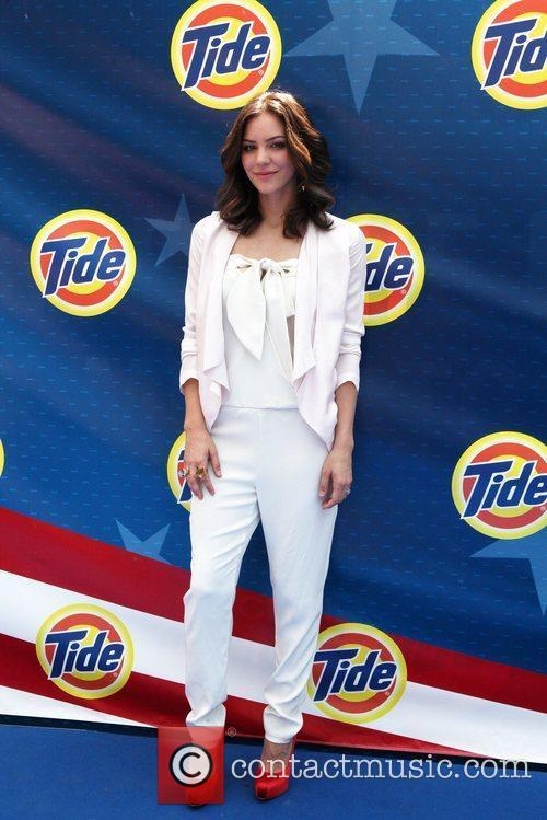 katharine mcphee tides my story our flag 5873366