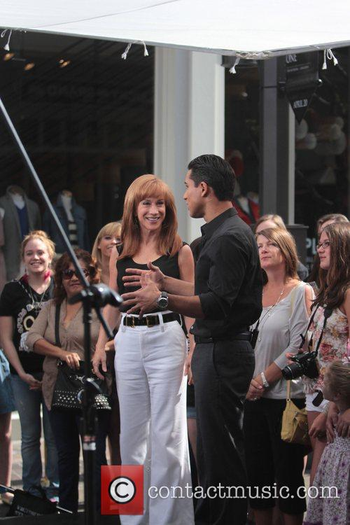 Kathy Griffin and Mario Lopez 7