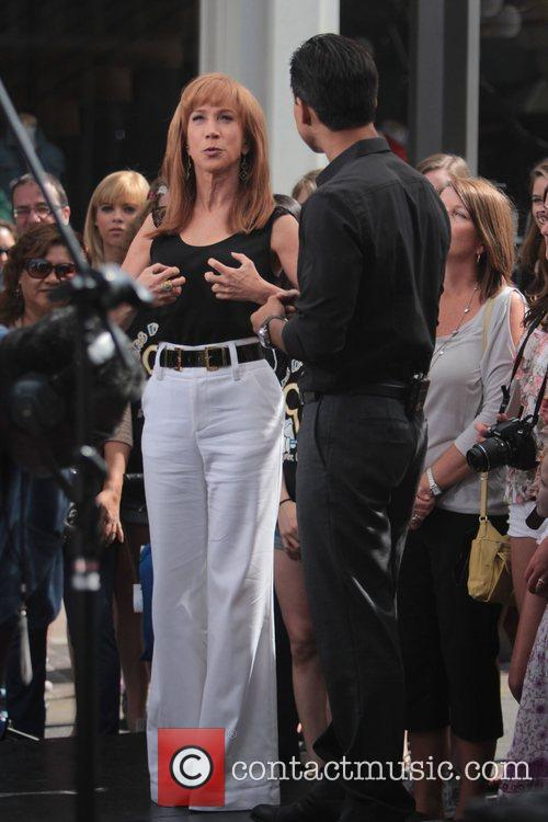 Kathy Griffin and Mario Lopez 9