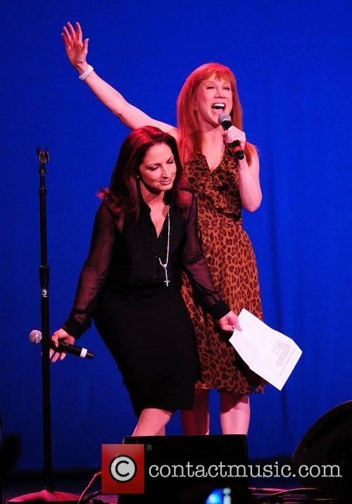 gloria estefan and kathy griffin perform at 3923077
