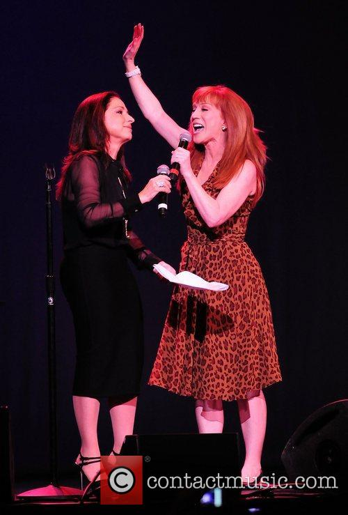 gloria estefan and kathy griffin perform at 3923080