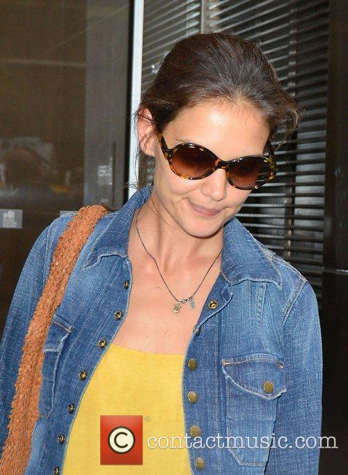 Katie Holmes leaves her lawyers office in Midtown...