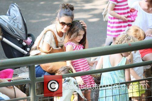 Katie Holmes and Central Park 13