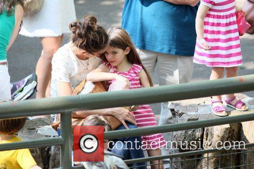 Katie Holmes and Central Park 14