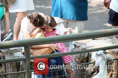 Katie Holmes and Central Park 15