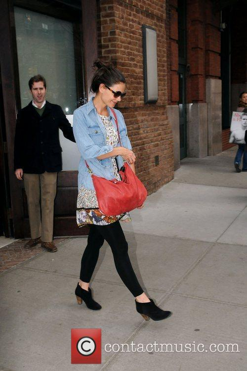 Katie Holmes and Manhattan Hotel 4