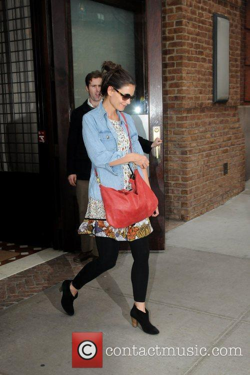 Katie Holmes and Manhattan Hotel 10
