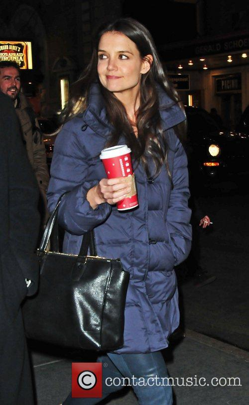 katie holmes arrives at the music box 5952665