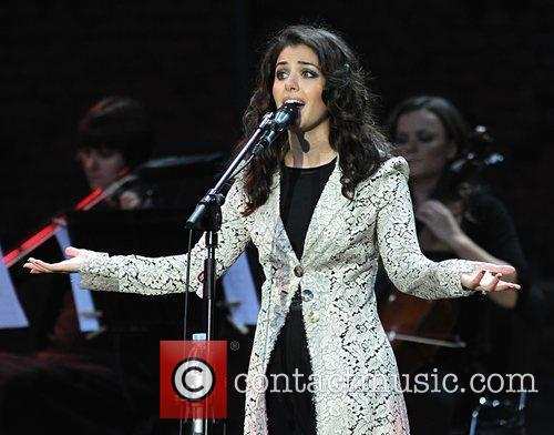 Katie Melua and Hampton Court Palace 2