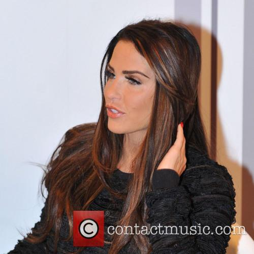Katie Price, Girls Day Out, Glasgow. She and London Perfume Company 10