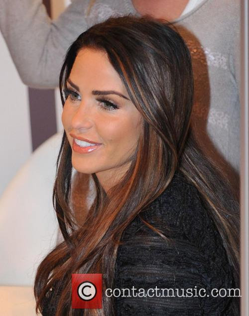 Katie Price, Girls Day Out, Glasgow. She and London Perfume Company 7