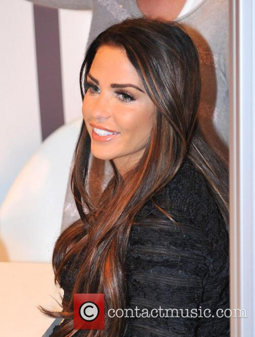 Katie Price, Girls Day Out, Glasgow. She and London Perfume Company 8