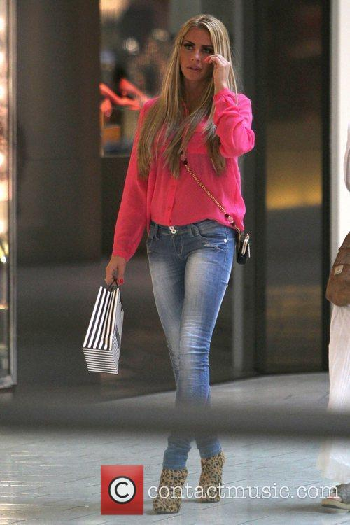 katie price wearing skinny jeans and leopard 3647031