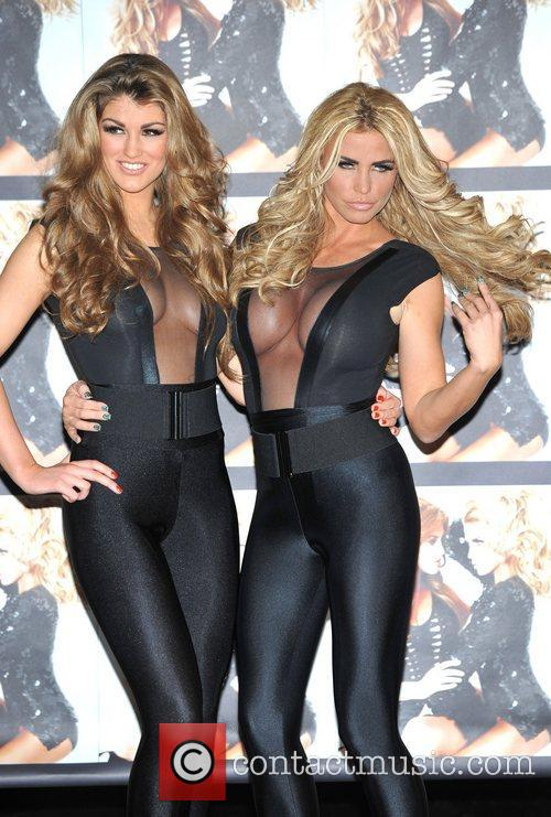 katie price amy willerton katie officially signs 3691756