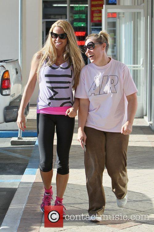 katie price is seen heading to the 5768220